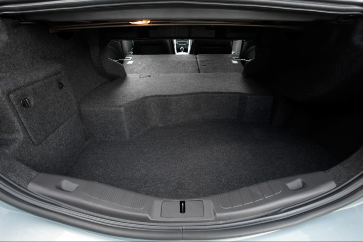 2017 Ford Fusion Hybrid Trunk E With Folded Seats